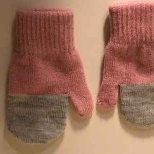 * 8 for 25 *  H&M Pink Gray Baby Gloves One Size